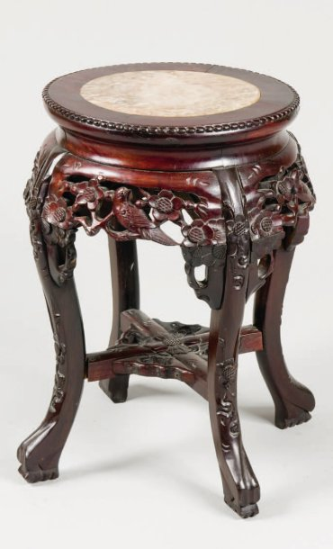 petit tabouret rond en bois sculpt et dessus de marbre chine xix si cle. Black Bedroom Furniture Sets. Home Design Ideas