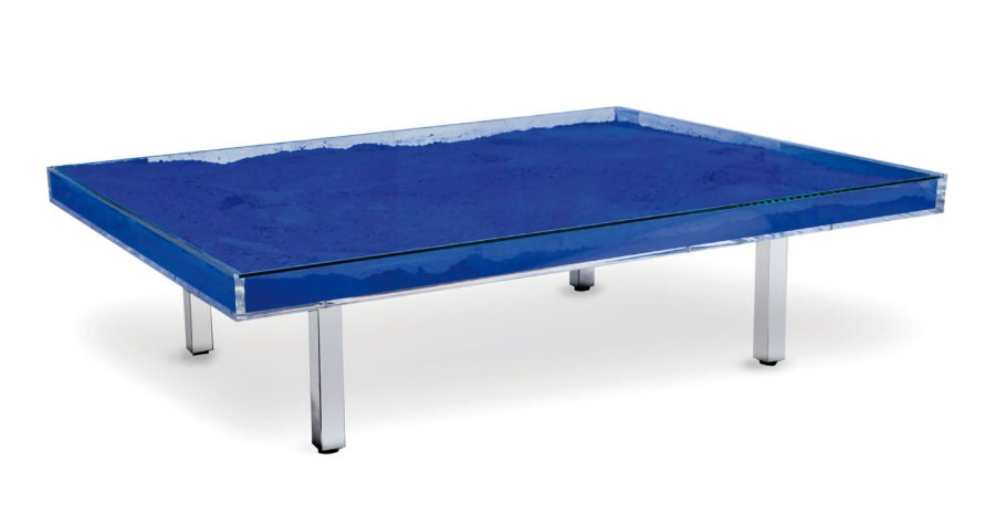 Yves Klein Table Bleue Table Basse A Ikb Pigment Verre Et Plexiglas