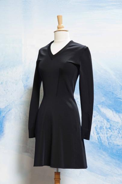 Robe noire jersey manches longues