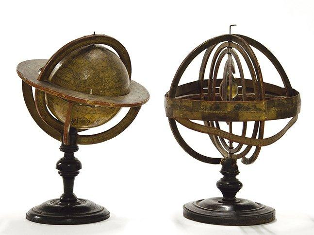 globe terrestre et sph re armillaire en bois et papier le globe porte. Black Bedroom Furniture Sets. Home Design Ideas