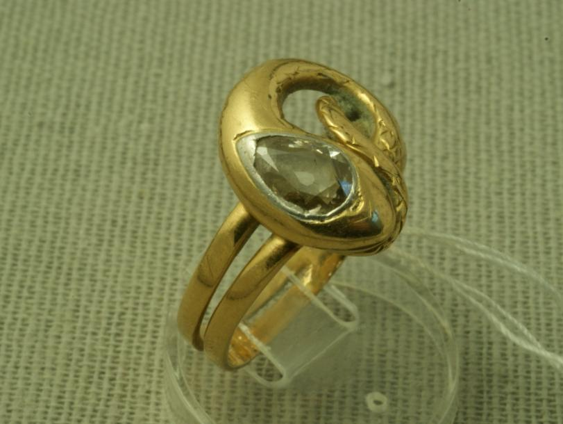 bague or jaune ancienne
