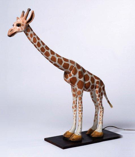 lampe girafe en papier mach sur support en bois h 88 cm. Black Bedroom Furniture Sets. Home Design Ideas