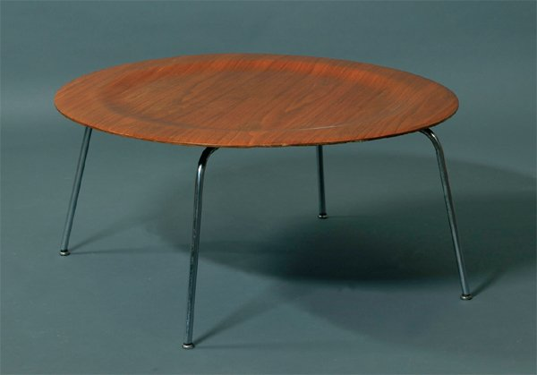 Charles Et Ray Eames Table Basse Modele Ctm Coffee Table
