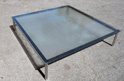 Le corbusier table basse carr e pi tement en m tal for Pietement table metal