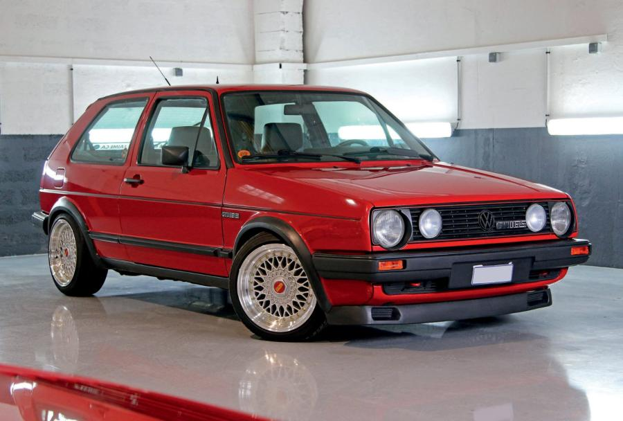 1987 volkswagen golf gti 16s fort du succ s de la premi re g n ration. Black Bedroom Furniture Sets. Home Design Ideas