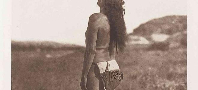 Edward Sheriff CURTIS (1868-1952). The Sun Dancer. 1907. Héliogravure d'époque sur…