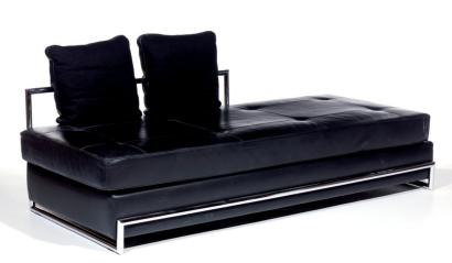 ventes aux ench res paris eileen gray 1878 1976 aram diteur banquette lit de repos. Black Bedroom Furniture Sets. Home Design Ideas