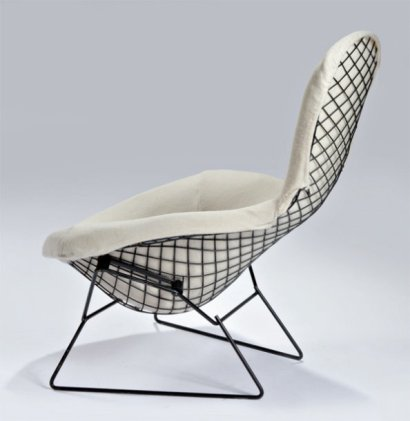ventes aux ench res paris harry bertoia 1915 1978 fauteuil bird 1952 edition knoll toujours. Black Bedroom Furniture Sets. Home Design Ideas