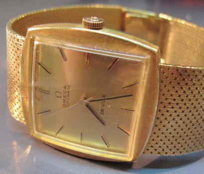 Montres Omega Or