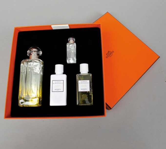 hermes parfums coffret le jardin de monsieur li compos d 39 une eau de. Black Bedroom Furniture Sets. Home Design Ideas
