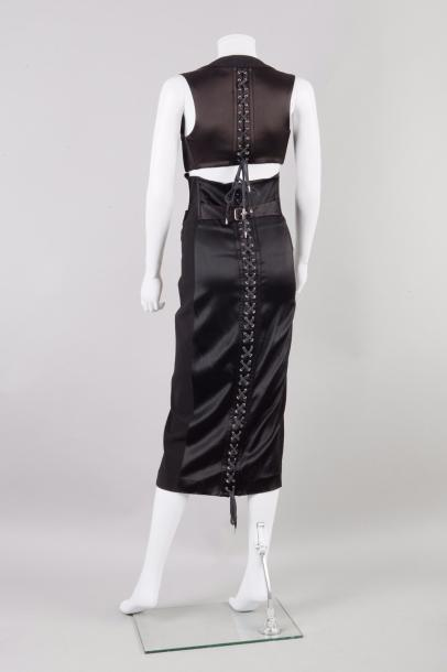 Jean-Paul GAULTIER circa 1990  Robe longue en lainage et satin stretch noir d'inspiration…