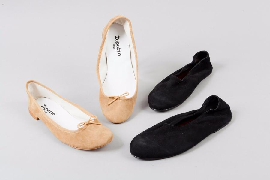 REPETTO, Jean Paul BARRIOL Lot de de deux paires de ballerine en daim l'une camel,…