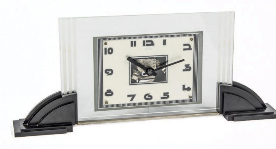 ATO ART DECO ELECTRIC DESK CLOCK CHROME METAL Ato, Desk clock. Made in1930's Fine…