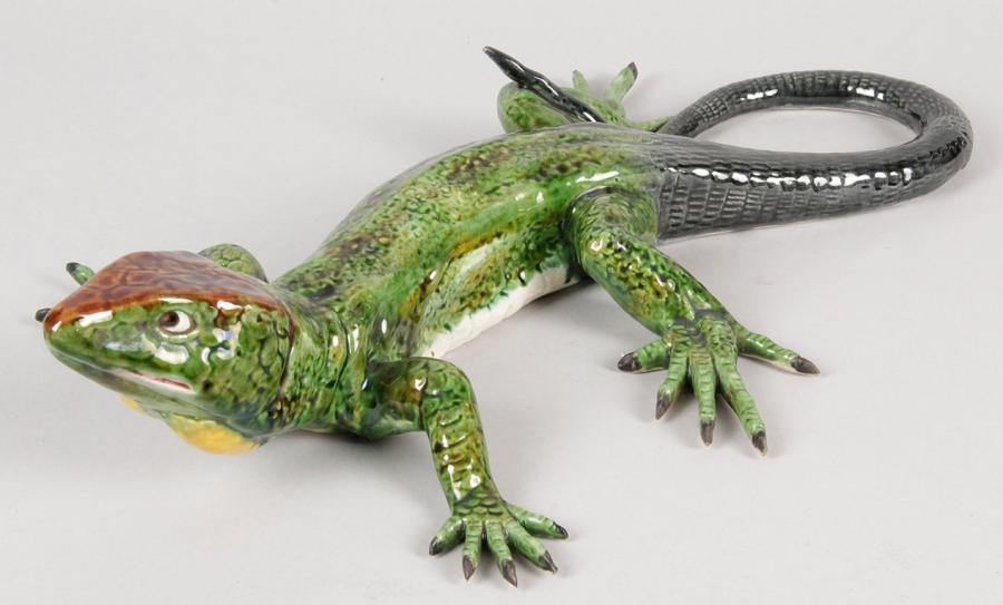 LÉZARD en barbotine (Accident). L.: 45 cm