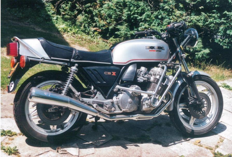 honda 1000 cbx 1978 1000 cbx honda le plus beaux 6 cylindres motos. Black Bedroom Furniture Sets. Home Design Ideas