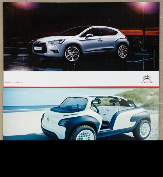 Lot de 2 photos officielles du Concept-Car Lacoste et DS4 2010 (60X100 cm).