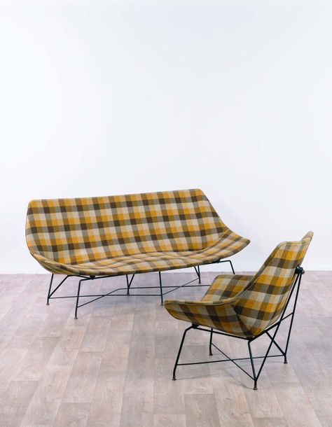 Augusto BOZZI (1924-1982) Kosmos  Canapé et fauteuil vers 1950 Metal and fabric Edition…