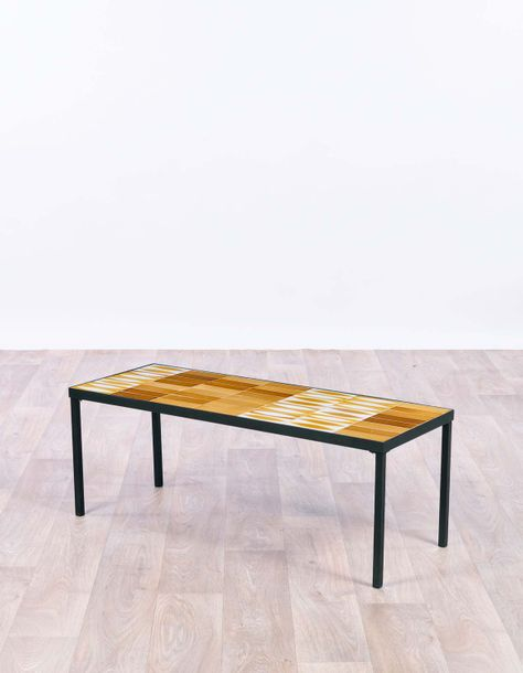 Roger CAPRON (1922-2006) Table basse vers 1960 Enameled ceramic and metal Signée…