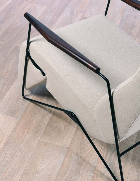 Carlo HAUNER (1927-1996) Fauteuil inclinable vers 1950 Wood, metal and fabric Edition…