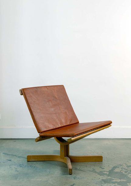 Jorgen HOVELSKOV (1935-2005) Prototype chair  Chauffeuse vers 1960   Wood nylon and…
