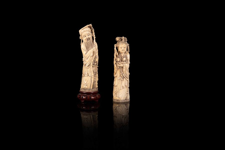 Ensemble de deux personnages  A set of two ivory figures, China, first half of 20th…