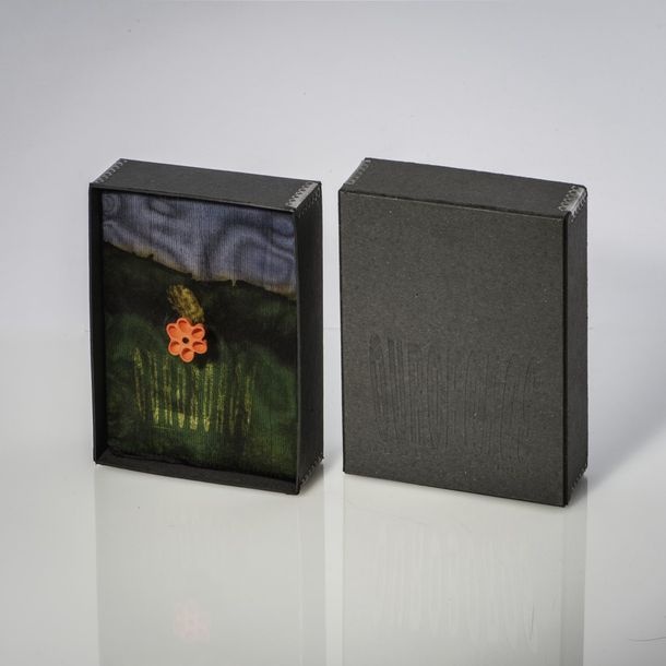 Ruudt Peters, Brooch from the series 'Ouroboros', 1995 Ruudt Peters, Brooch from…