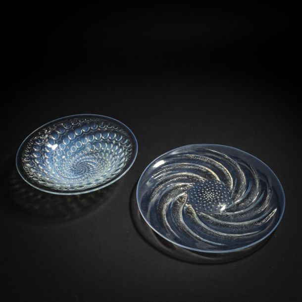 René Lalique, Set of 'Poissons N° 1' plate, 1931 and 'Volutes' bowl, 1934, D. 27…