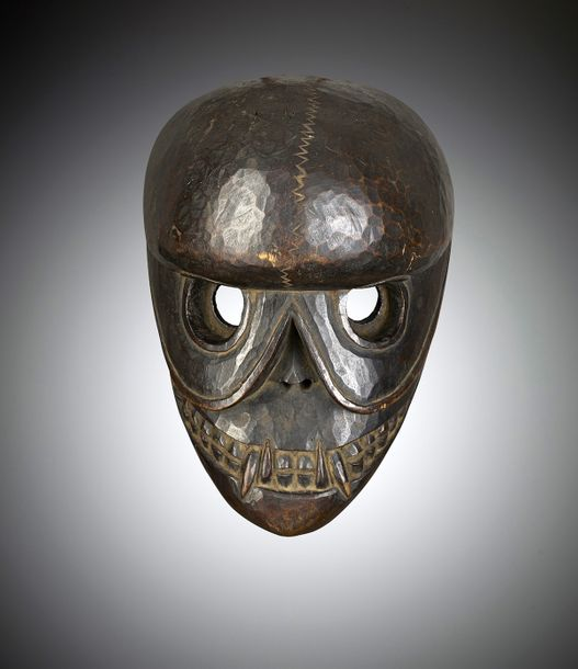 Masque de citipati Tibet ou Népal Bois. H. 27 cm Provenance: - Collection Josette…