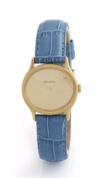 ALEXIS BARTHELAY MONTRE signée Alexis Barthelay en plaqué or de forme ovale à l'horizontal,…