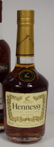 """1 demie COGNAC """"Very Special"""", Hennessy (30cl)"""