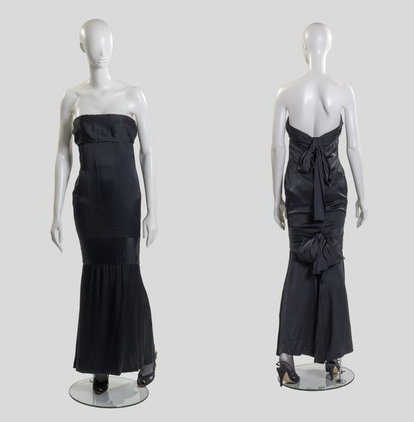 21. YVES SAINT LAURENT - COLLECTION HAUTE COUTURE, PRINTEMPS - ETÉ 1986 N° de passage…