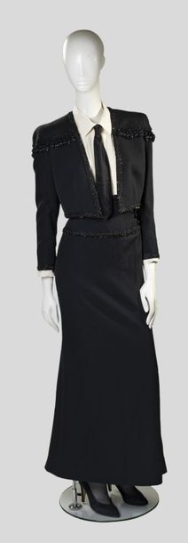 26. YVES SAINT LAURENT - COLLECTION HAUTE COUTURE, AUTOMNE - HIVER 1986 Broderie…