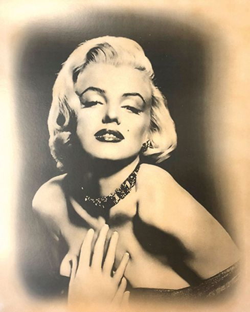 SAM SHAW (XXE SIECLE) MARILYN MONROE Tirage offset d'une photographie sepia Copyright…