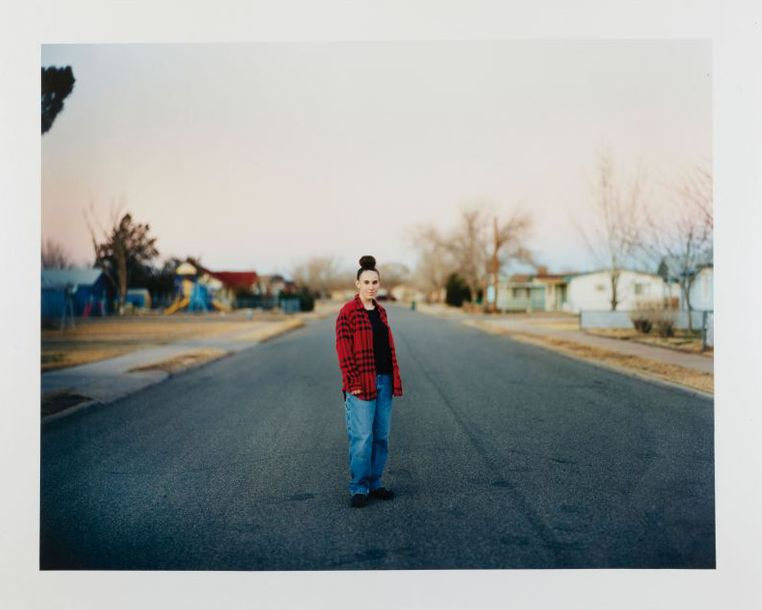 RICHARD RINALDI (NE EN 1968) HOLLY, WINSLOW, ARIZONA, 2004 Tirage chromogénique en…