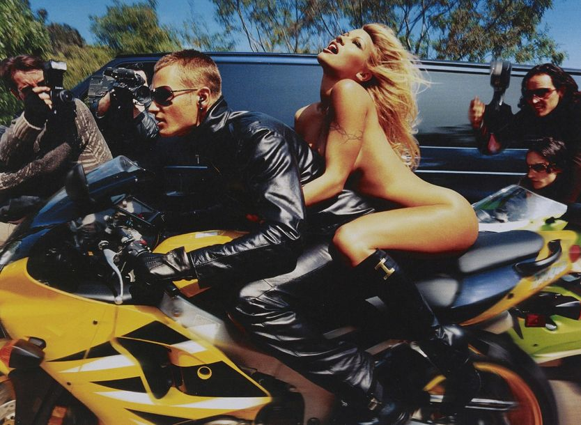 DAVID LACHAPELLE (NE EN 1963) * PAMELA ANDERSON: FASTER, FASTER, I'M ALMOST THERE,…