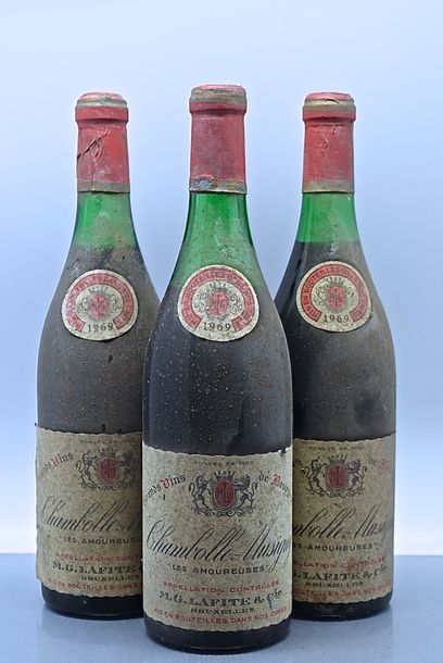 "3 bouteilles CHAMBOLLE-MUSIGNY ""Les Amoureuses 1er cru"", M. G. Lafite 1969 (es,…"