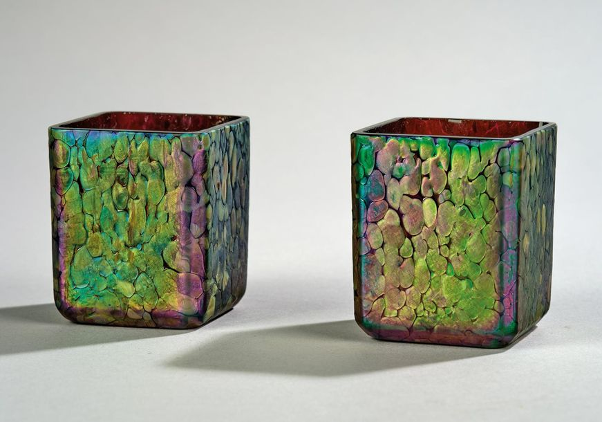 Leopold Bauer, a pair of small vases, Johann Lötz Witwe, Klostermühle, 1906 prod…