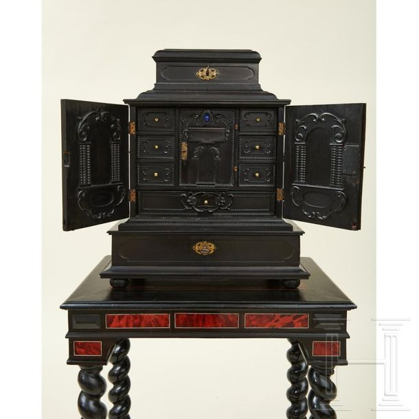 A stamped ebony cabinet, Augsburg, 17th century The small cabinet exquisitely ma…