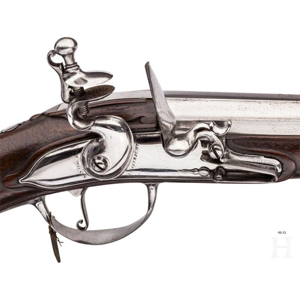 A group of 32 flintlock rifles from the Armoury of the Royal House of Hanover Th…