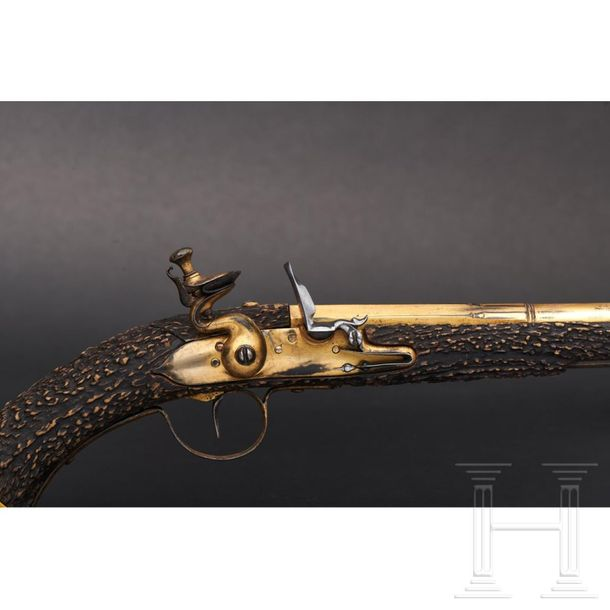 A distinguished South German flintlock pistol with stock made of staghorn, circa…