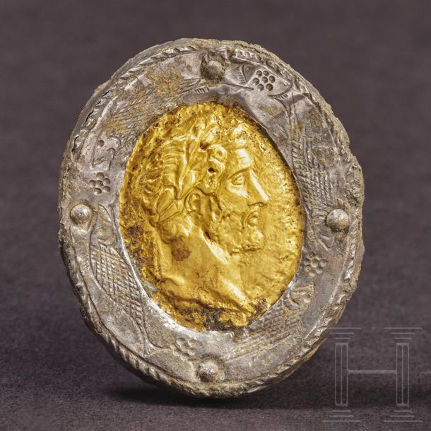 A Roman brooch with the golden portrait of Antoninus Pius, mid 2nd 3rd century E…