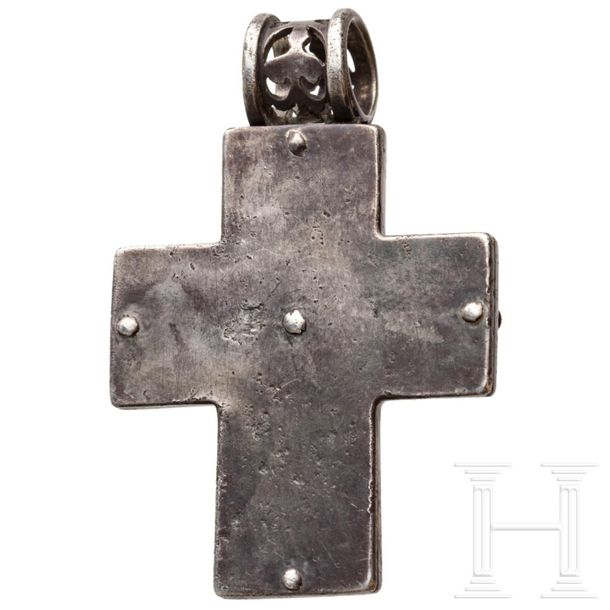 A mid or late Byzantine cross pendant made of silver and gold, 8th 13th century …