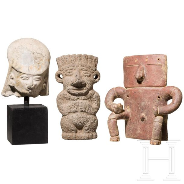 Three Central and South American figurines, circa 100 – 1500 Flat male figure of…