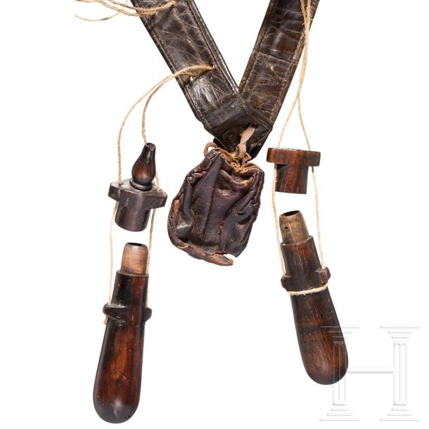 A German musketeer bandolier, 1st half of the 17th century The shoulder strap in…