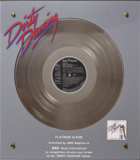 Dirty Dancing                              Disque de Platine de Dirty Dancing. Récompense…