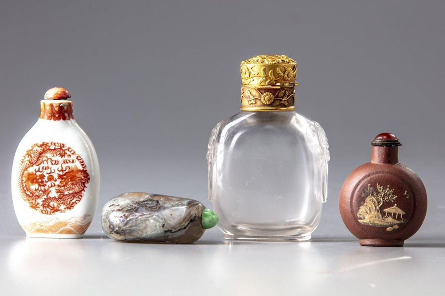 FOUR CHINESE SNUFF BOTTLES, CHINA, 19TH 20TH CENTURY The group comprises a rock …