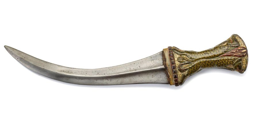 A MUGAHL DAGGER WITH WOODEN HILT, NORTH INDIA, 19TH CENTURY A Mughal water steel…