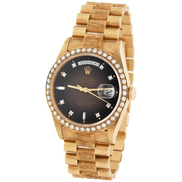 Rolex. Charismatic and Colorful Day date Automatic Wristwatch in Yellow Gold, Re…