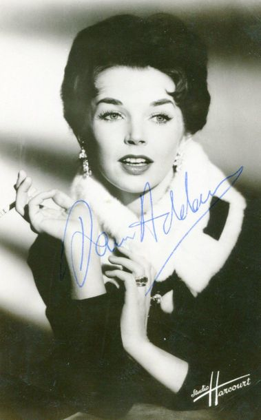 CINEMA: Selection of signed postcard photographs, 5 x 7s and slightly larger, 8 …