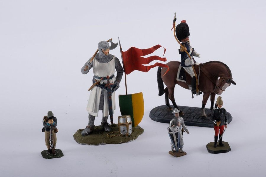 CBG Mignot, Andreas, Tradition, Rose miniatures, Taselle et Reeves Lot de 5 sold…
